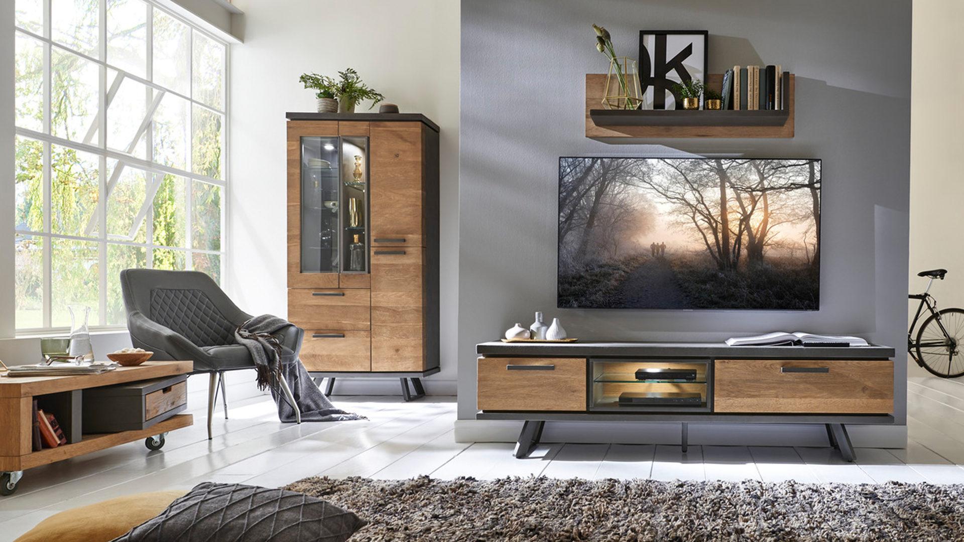 innenarchitektur : geräumiges schönes wohnzimmer im industrial ... - Wohnzimmer Industrial Style