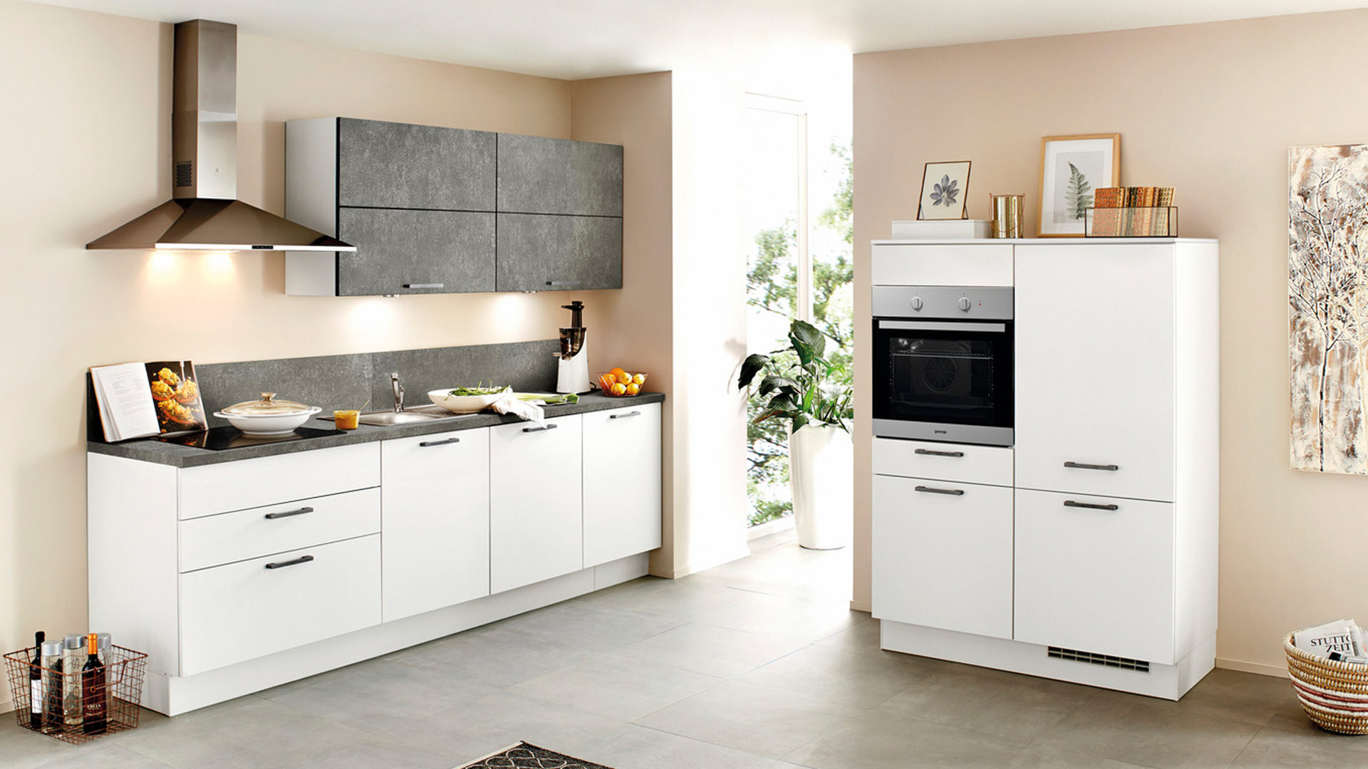 ... Küchen, Einbauküche, Einbauküche Mit Gorenje Elektrogeräten, Weiße U0026  Beton Schiefergraue Kunststoffoberflächen, Arbeitsplatten Beton Schiefergrau